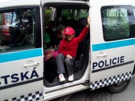 Beseda s policií 18