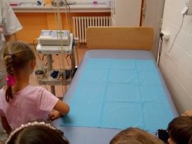 Exkurze v nemocnici Fifejdy 18